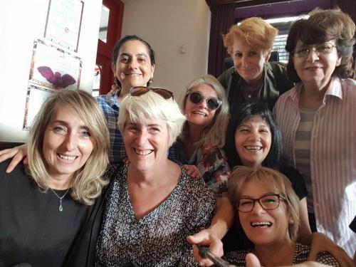 Maria Ortega (Espagne), Martha Alvarez (Colombie), Line Dufour (Canada), Pennina Barnett (Angleterre), Pelusa Borthwick (Argentine), Carmen Imbach Rigos (Uruguay)